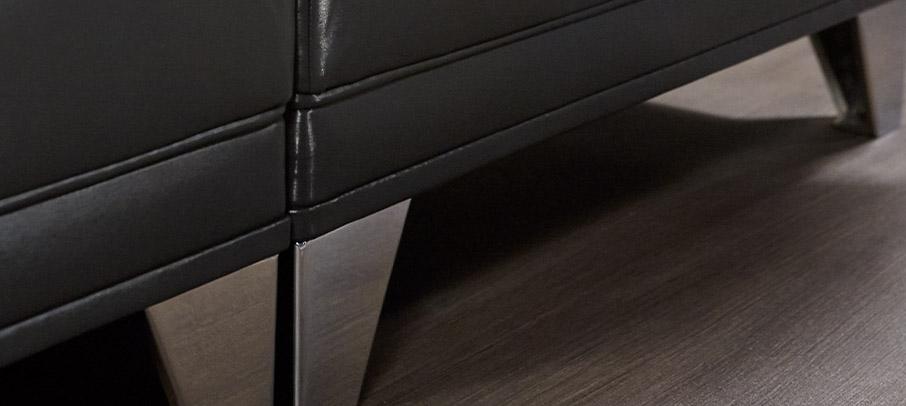 detail magnum